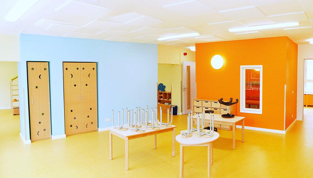 Gruppenraum der Kindertagesstätte Notenhopser in Berlin- Marzahn nach dem Umbau